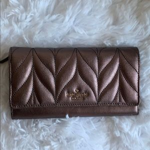 NWT Kate Spade quilted wristlet